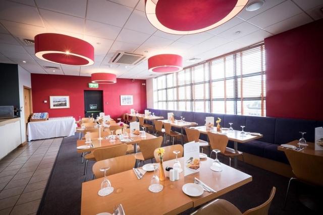 travelodge hotel galway breakfast room