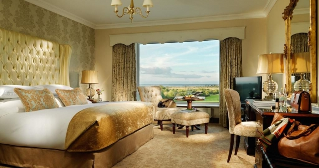 glenlo abbey luxury bedroom