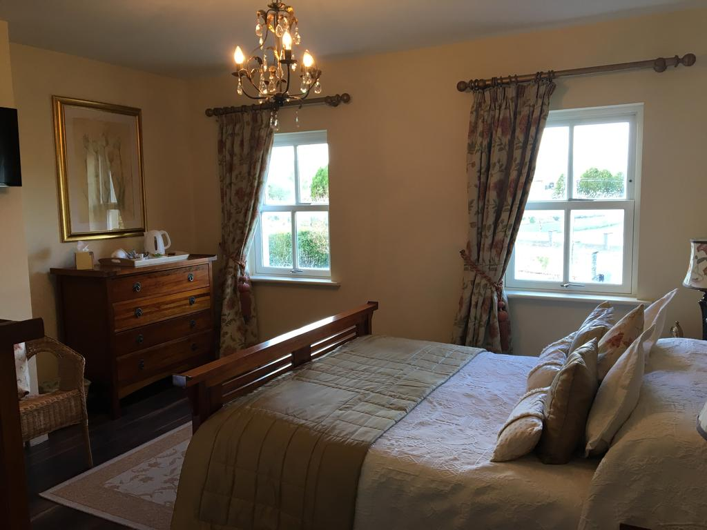 Carraigdun B&B Claregalway bedroom