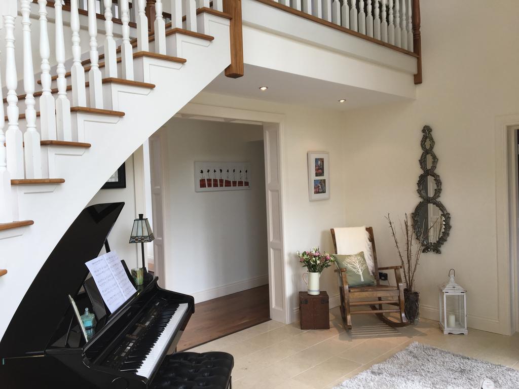 Carraigdun B&B Claregalway piano
