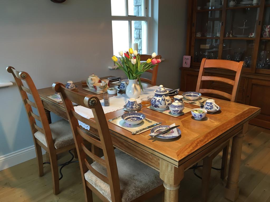 Carraigdun B&B Claregalway dining
