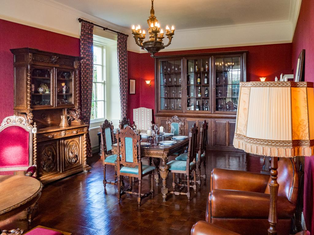 Kill House Clifden dining