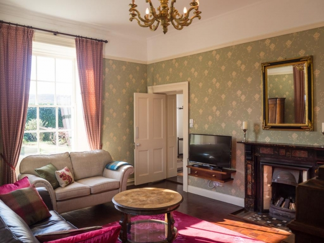 Kill House Clifden sitting room
