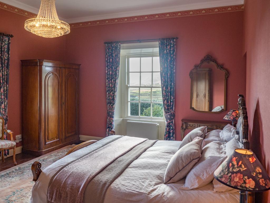 Kill House Clifden bedroom 3