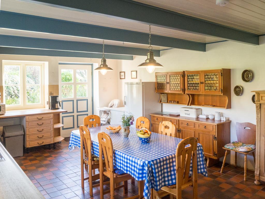 Kill House Clifden breakfast room