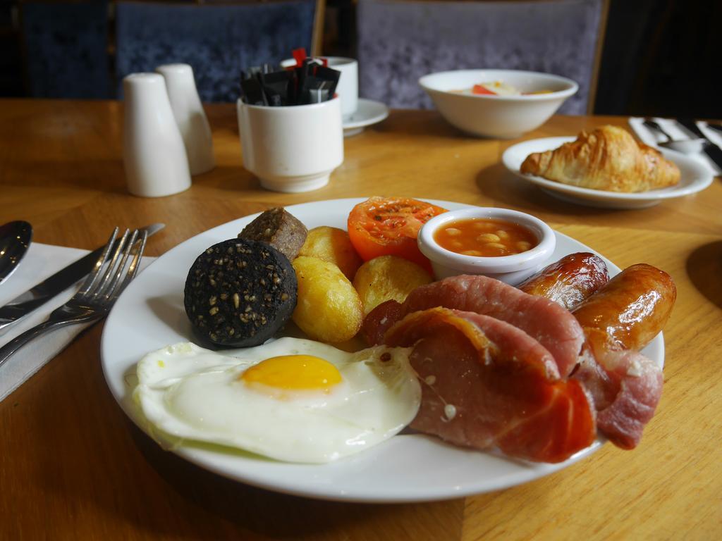 Carlton Hotel Galway breakfast