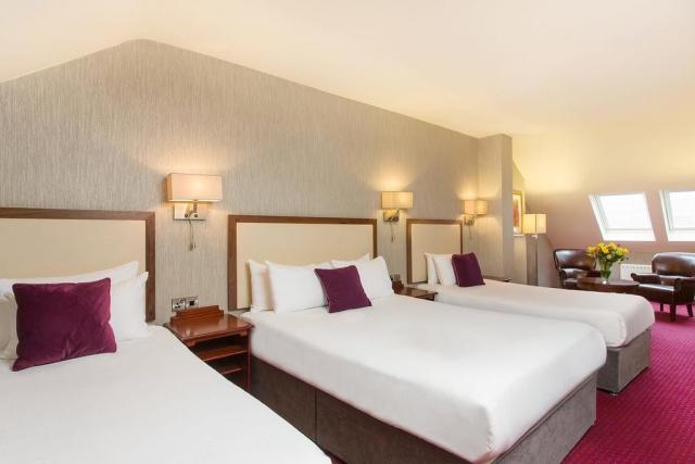triple bedroom hotel near Galway Train Station