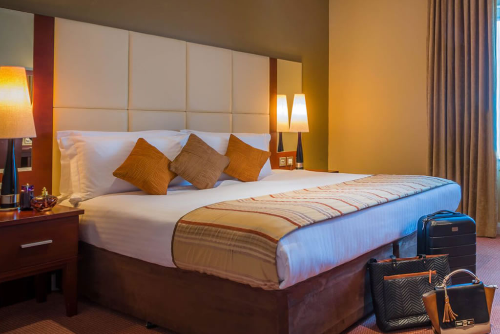 Shearwater Hotel and Spa bedroom