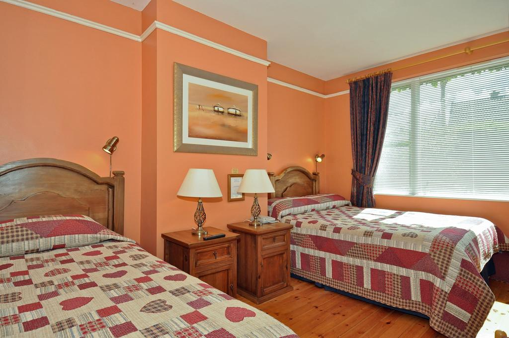 Twin Bedroom at Ash Grove B&B Galway